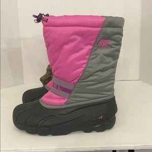 Sorel big girls waterproof winter boots Sz 6